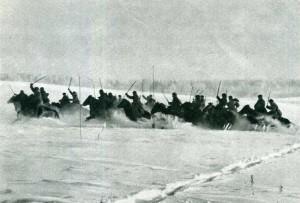 Один и последних случаев сабельной атаки кавалерии в конном строю